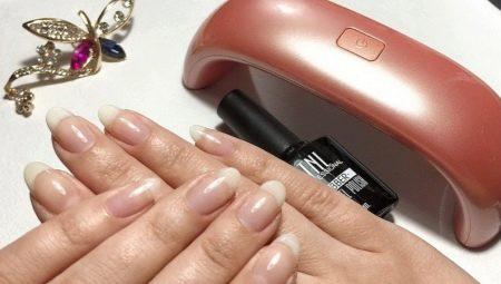 Выравнивание ногтевой пластины базой под гель-лак
