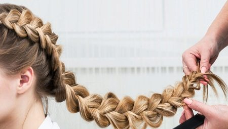 Как плести обратную косу?