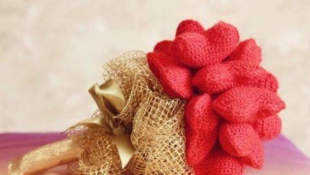 вязаные подарки идеи сувениров и красивых вещей связанных крючком и