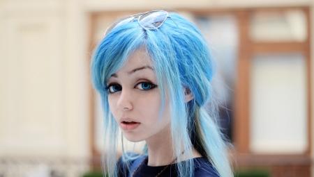 Голубые волосы: популярные тона, выбор красящего средства и советы по уходу