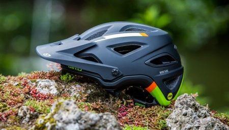 Велосипедные шлемы: виды и выбор