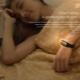 Фитнес-браслет с умным будильником