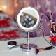 Настольное зеркало с подсветкой: особенности выбора
