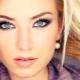 Как правильно подобрать оттенок бровей для блондинок?