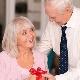 45 лет со дня свадьбы – какие подарки приготовить супружеской паре?