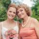 Подбираем прически на свадьбу для мам невесты и жениха