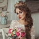 Свадебные прически с короной: как умело подобрать и носить?