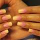 Желто-розовый маникюр: тенденции и необычные решения