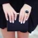 Как правильно выбрать маникюр под черное платье?