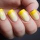 Маникюр с желтым гель-лаком