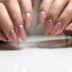 Слюда для ногтей: варианты дизайна и тонкости использования