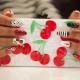 Маникюр с фруктами: дизайн и пошаговое исполнение