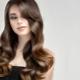 Как красиво оформить локоны на волосы с челкой?