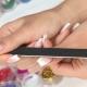 Можно ли наращивать ногти во время беременности и какие существуют ограничения?