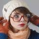 Как носить головной убор с челкой?