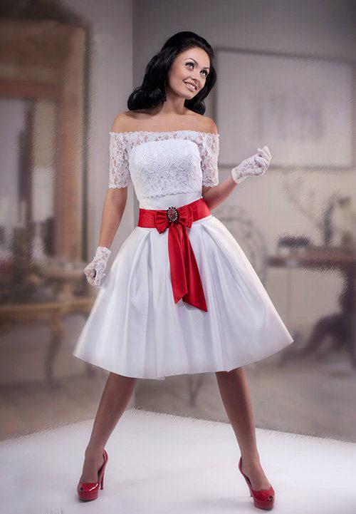 Фото белое платье с красным