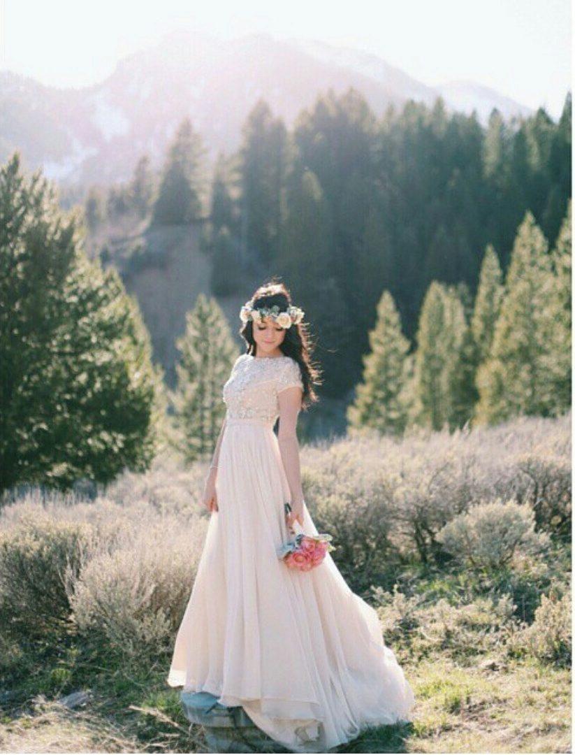 Снизу вид невесты 20 фотография