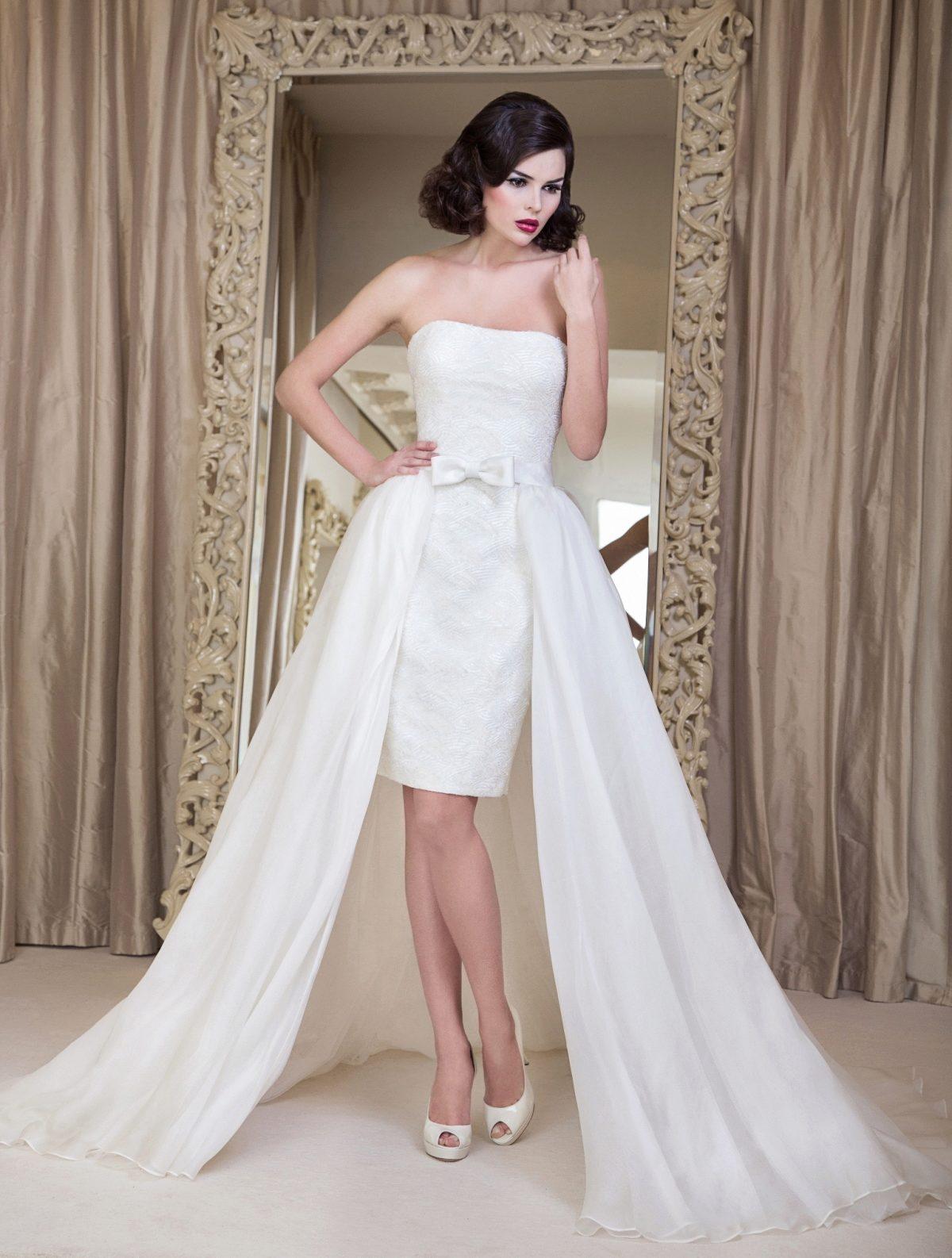 9a25de4998c Свадебные платья короткие со шлейфом  короткое спереди