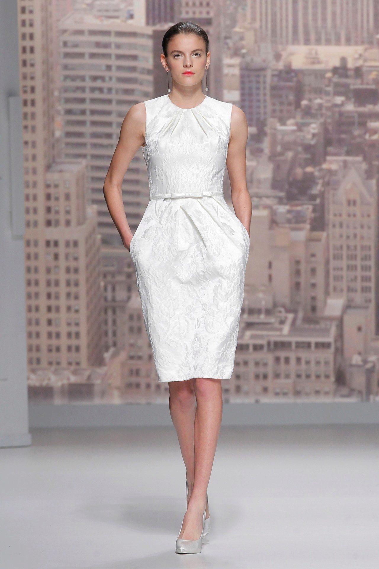 Свадебные платья прямое до колена