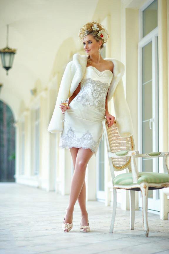 5dd19e5dd36 Свадебное платье-трансформер  с отстегивающейся юбкой