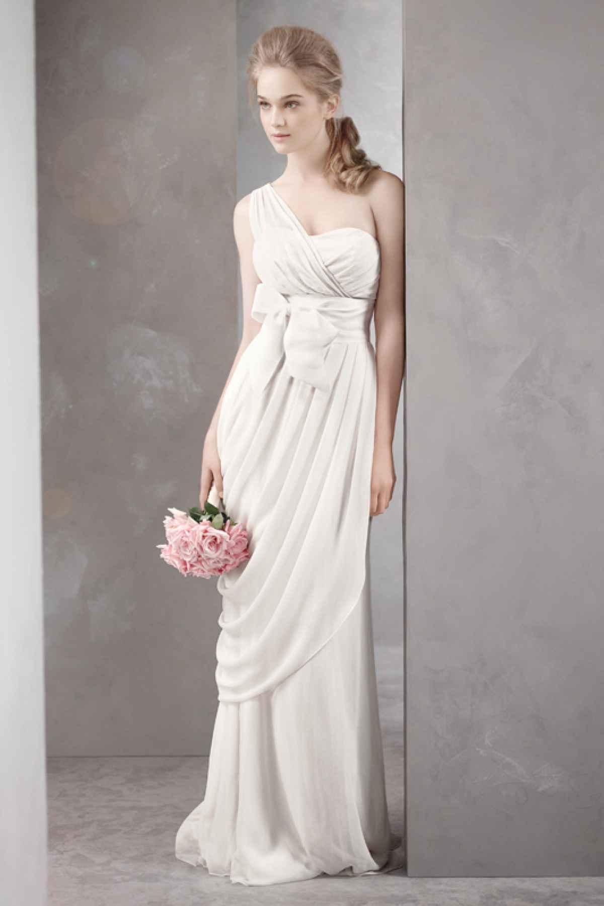 Свадебные в греческом стиле на одно плечо