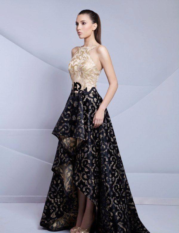 Платье из гипюра спереди короткое сзади длинное
