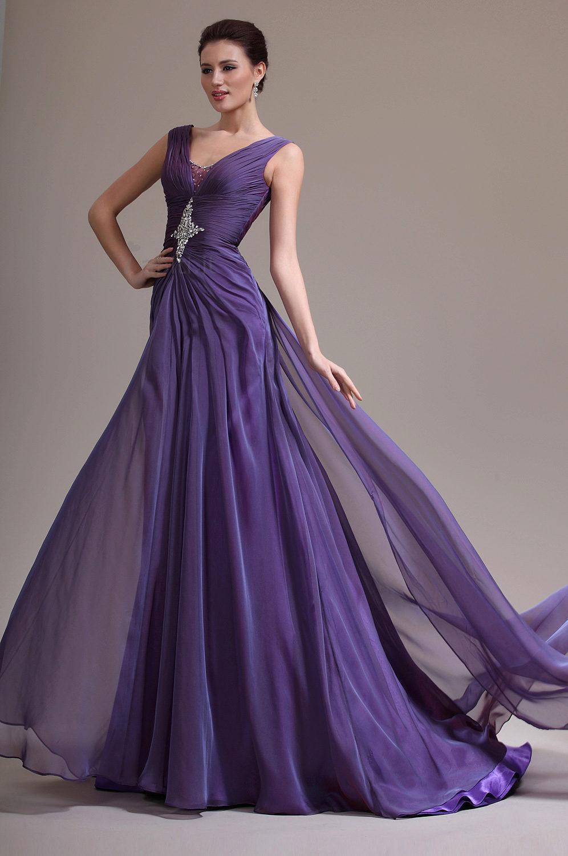 ddb3d8e011a5c93 Фиолетовые вечерние платья: лучшие варианты, с белым, темные и ...