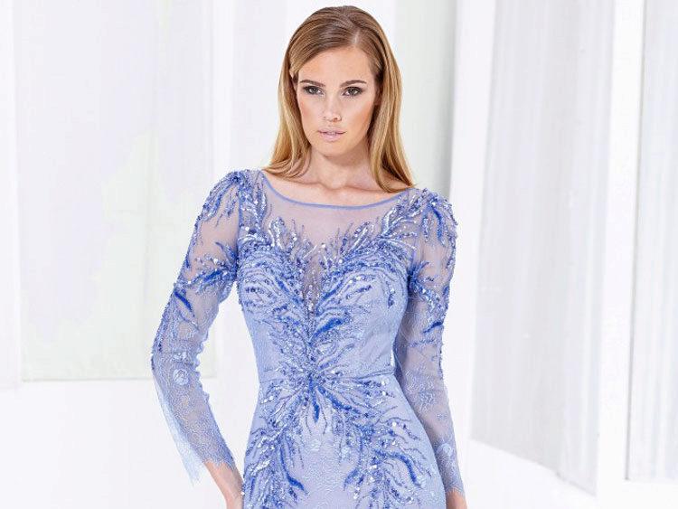 Платья с длинным рукавом - модная подборка
