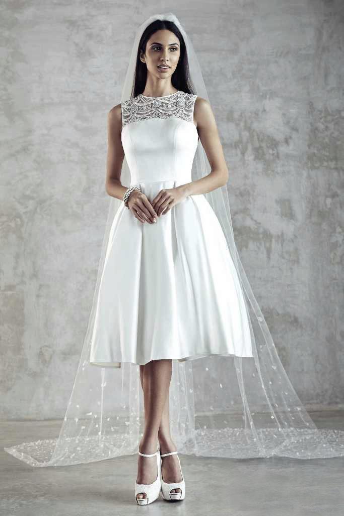 Короткие платья с ажуром