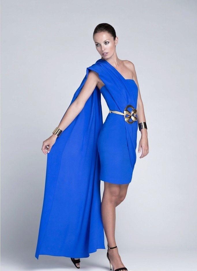 Синее платье на одно плечо фото
