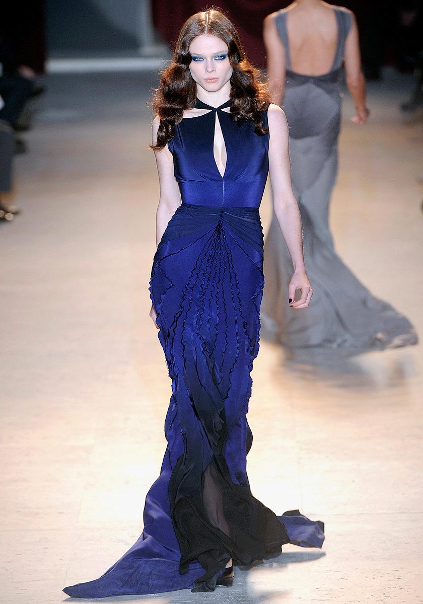 Платье в пол голубое фиалковое