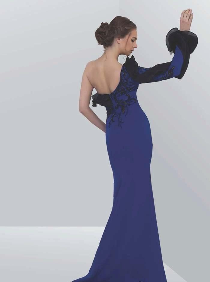 Синие вечерние длинные платья