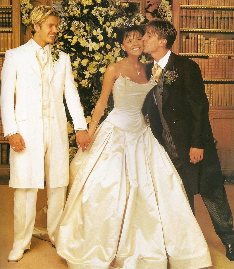 Свадебные платья звезд: Кейт Миддлтон, Грейс Келли ...: http://www.vplate.ru/svadebnye/zvezdy/