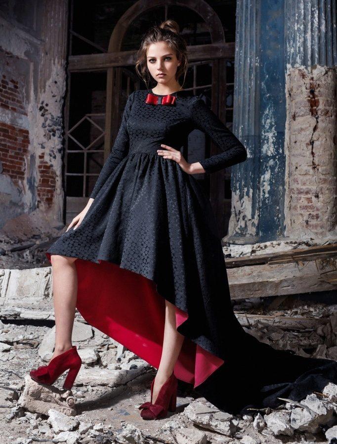 Платье с юбкой с разной длиной