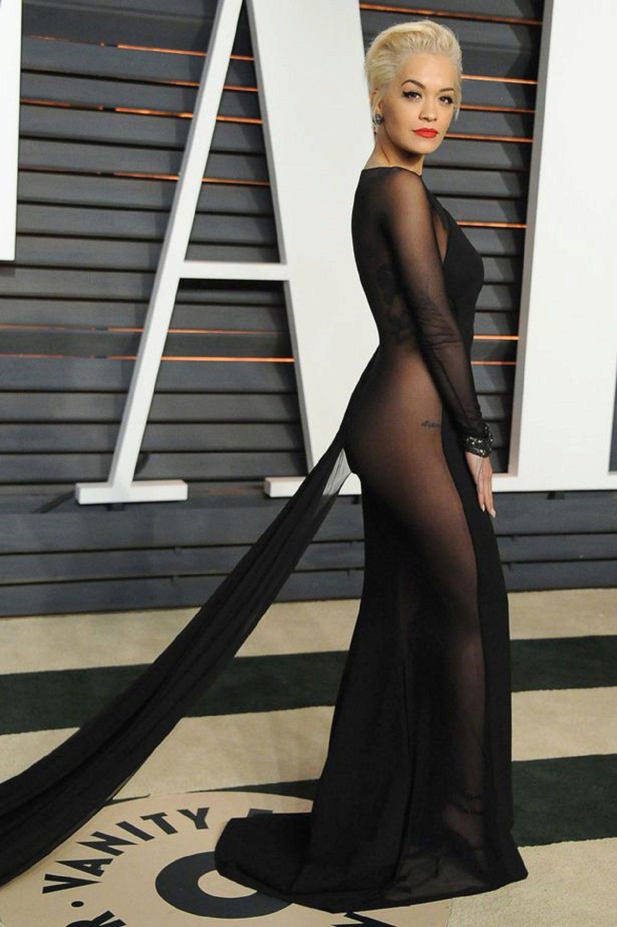 f08ed020597e36e Вечерние платья звезд: лучшие, эффектные и откровенные платья ...