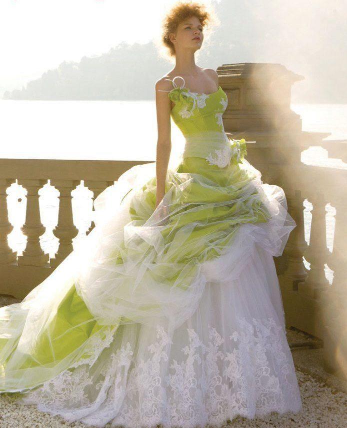 свадебные платья других цветов фото