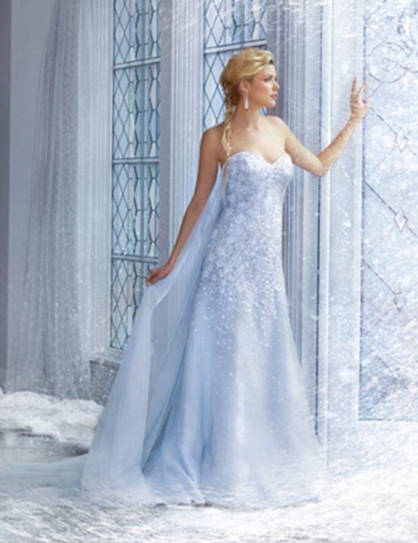 Платье невесты голубого цвета