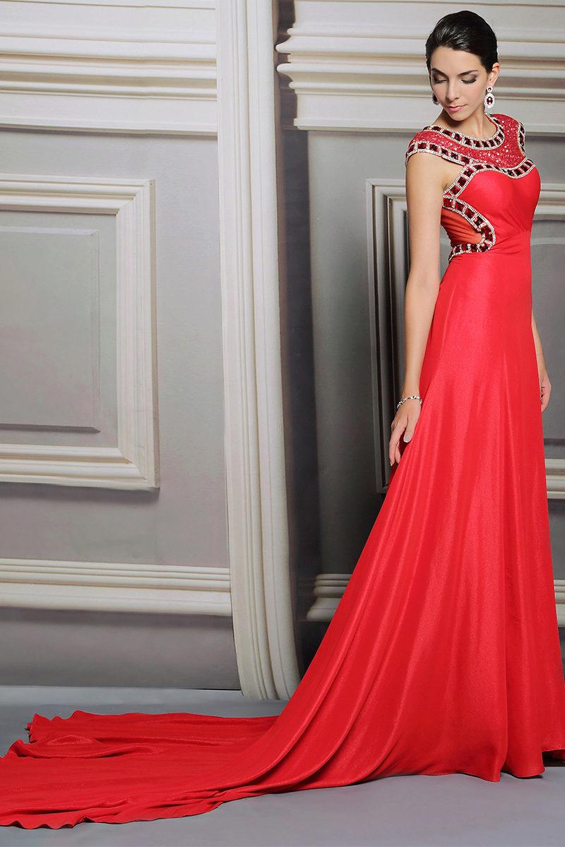 Красные свадебные платья: с белым, с красными элементами, короткое