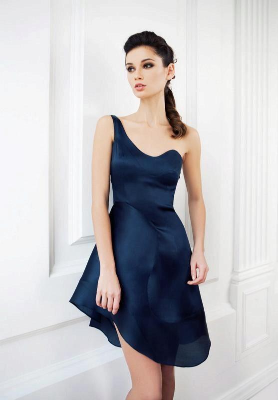 Новогодние платья из шелка