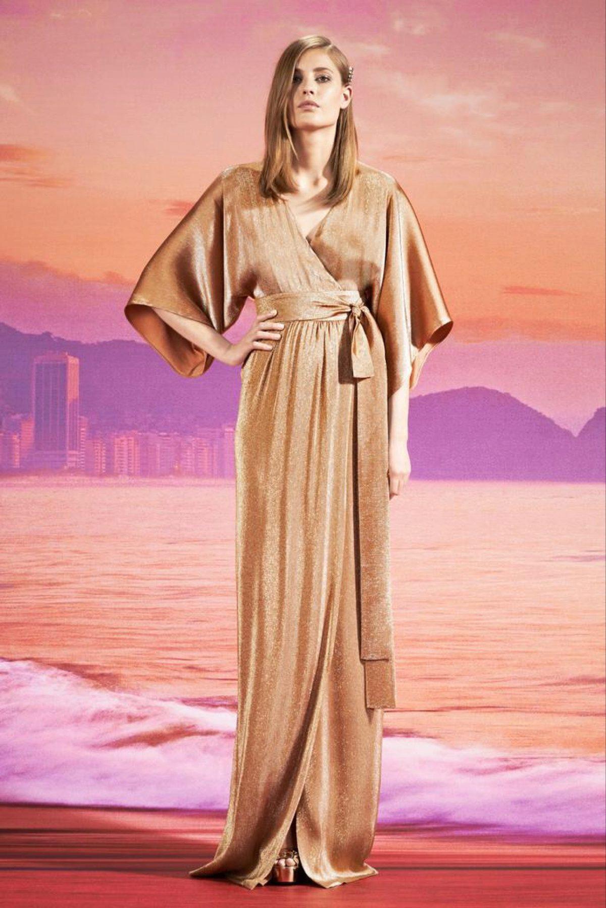 84923cf640b Вечерние платья из шелка  из натурального и искуссвенного (35 фото)