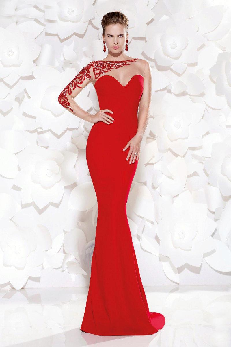 Длинное секси платье