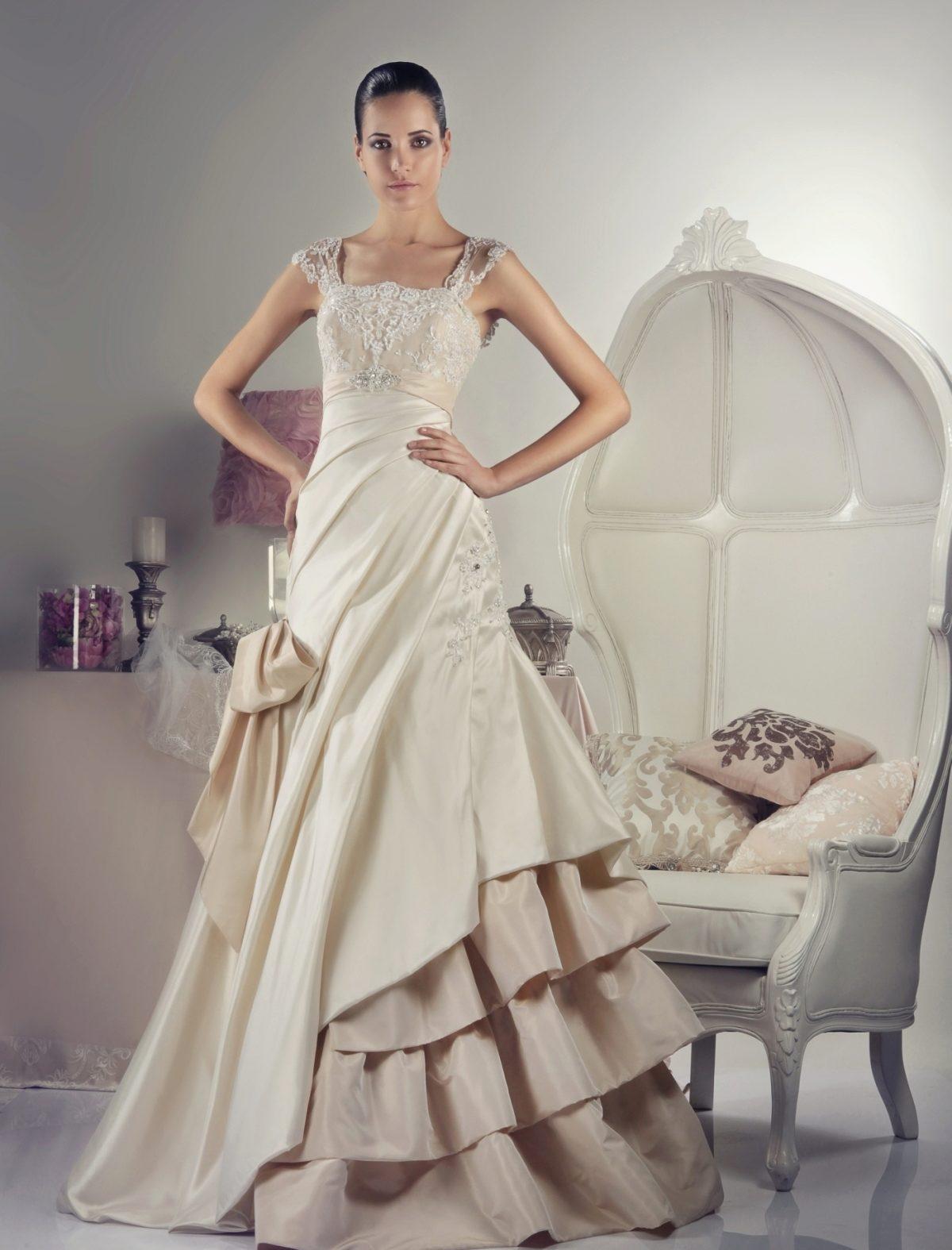 Хочу на весілля дуже дуже пишного плаття допоможіть мені фото 27 фотография
