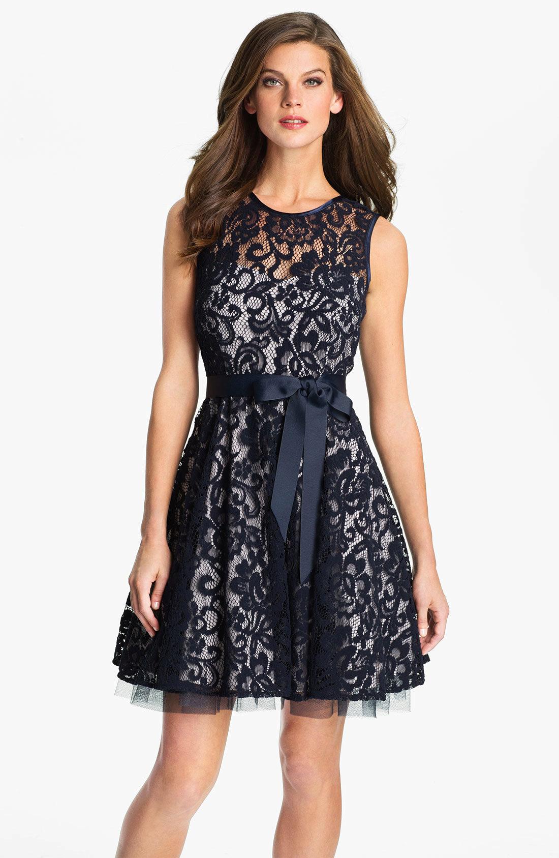 Платья в стиле нью лук картинки