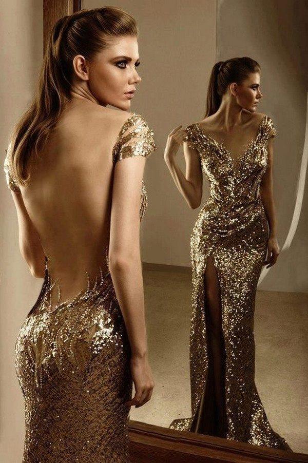 Длинное золотое платье с пайетками
