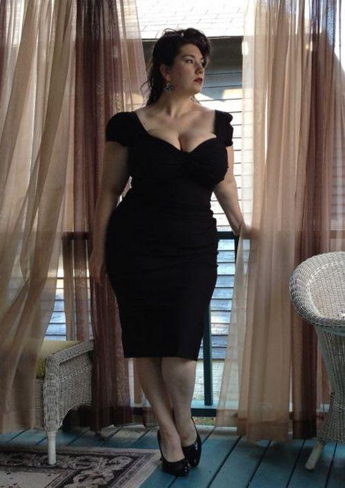 Платье для маленькой и толстой девушки