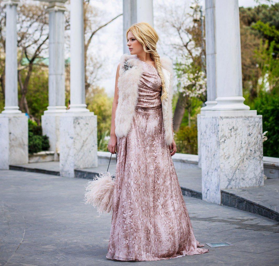 Какой цвет платье подходит блондинкам