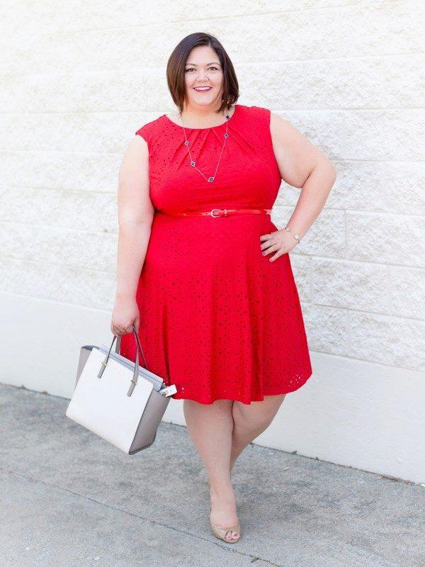 Красного цвета трикотажные платья