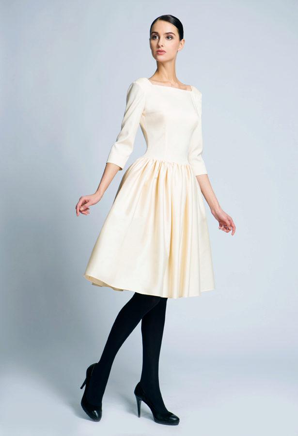 Молочно шоколадное платье