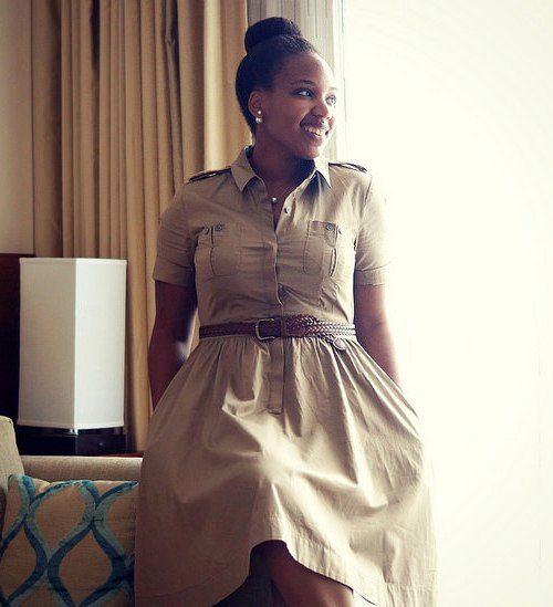 cd39e47549c Бежевое платье сафари с кожаным ремнем для полных