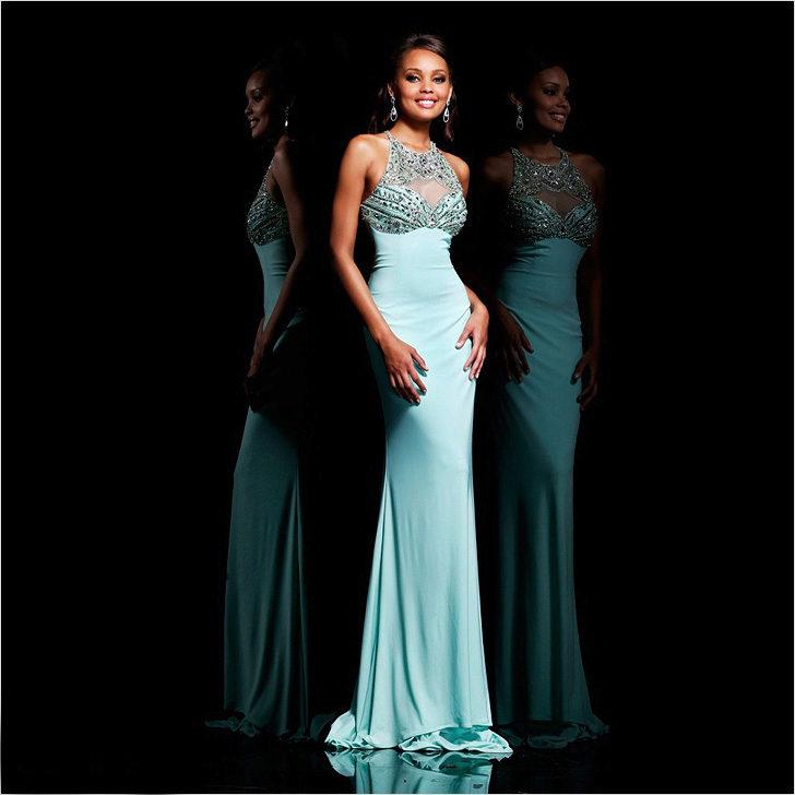 Фото американки в вечернем платье